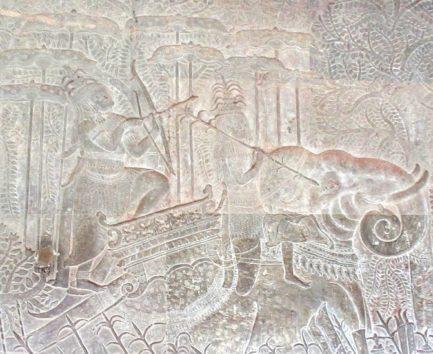 ヴィシュヌ神と阿修羅の戦い(東面北)
