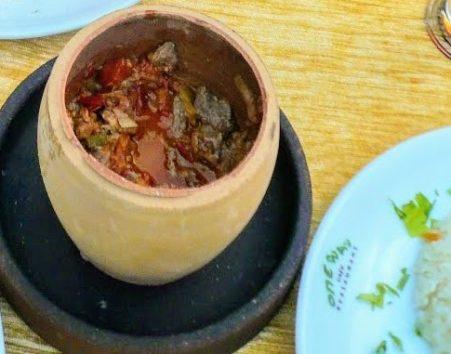 とにかく美味しいカッパドキア名物の壺料理(Photo by 朝比奈)