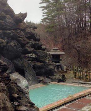 ステキな温泉で赤面。(Photo/エトセトラ)