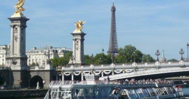 パリのステイで(Photo by 佐藤めぐみ)