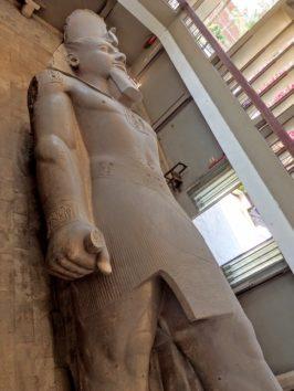 ラムセス二世の巨像(Photo by 朝比奈)