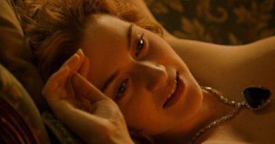 美しい彼女を、さらにゴージャスに魅せたHeart of the Ocean。
