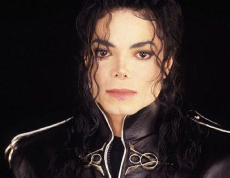 マイケル・ジャクソンの子ども達、父への愛は今も深く…