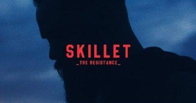 根強い人気のスキレット(画像:YouTube Skillet『The Resistance[Official Lyric Video] のサムネイル)