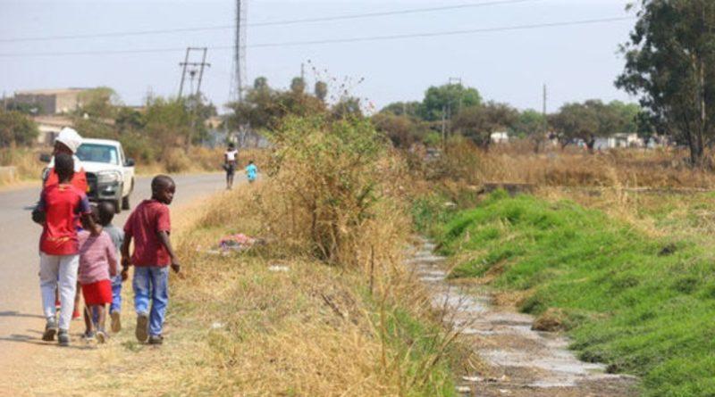 ジンバブエ共和国の首都ハラレで...