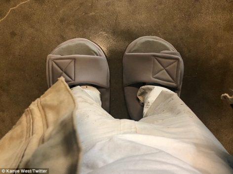 よくこんなサイズの靴見つけてきましたね…