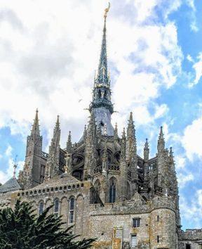 モンサンミッシェル聖堂の尖塔(Photo by 朝比奈)