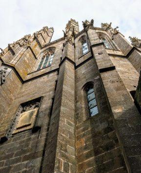 モンサンミッシェル聖堂の控え壁(Photo by 朝比奈)