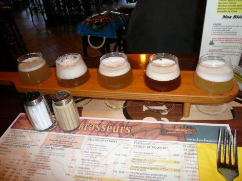ジュネーブのステイで地ビールの味比べ(Photo by 佐藤めぐみ)