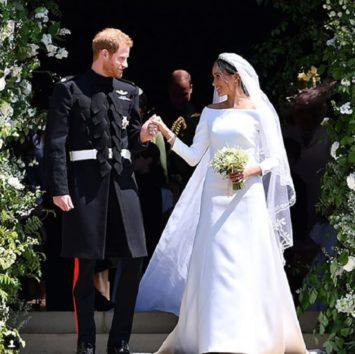 ヘンリー王子、メーガン妃の父の代わりをした父につき語る。