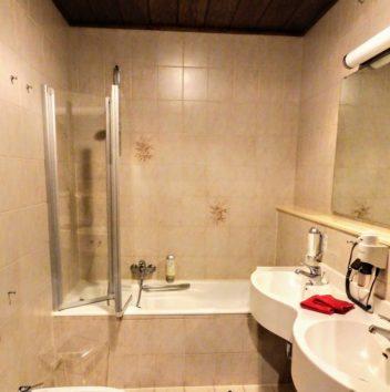 ホテル・ミュラーのバスルーム(Photo by 朝比奈)