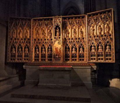 クララ祭壇 最古の秘蹟祭壇