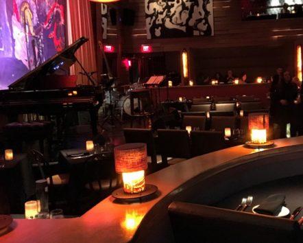 この時期の夜長はワイン片手に美しいボサノバ&ジャズをどうぞ