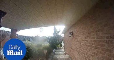 オンタリオの民家の防犯カメラが捉えたのは誰の霊…!?