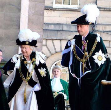 女王を支え、家庭では良き父で優しいパパでもあるウィリアム王子。