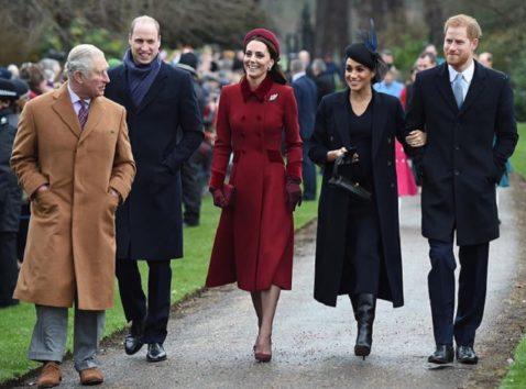 ウィリアム王子、マフラーを気にしたばかりに…?