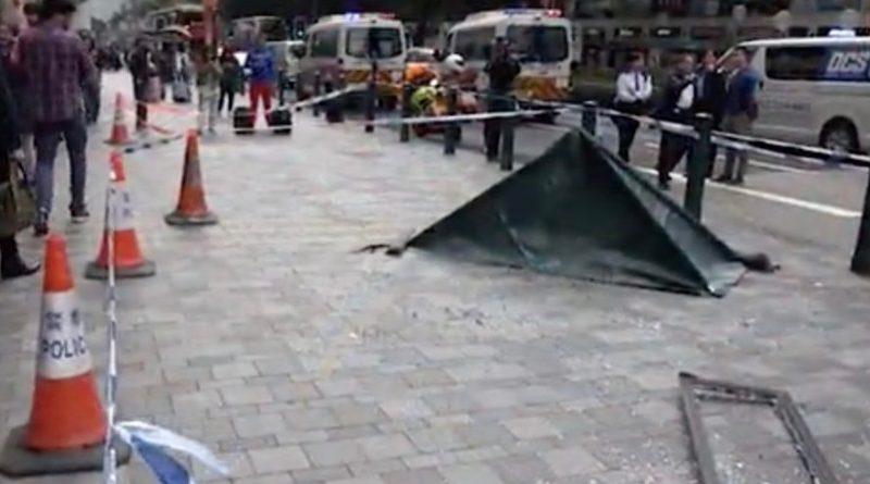 ホテル16階から窓が落下し、観光客の命を奪う