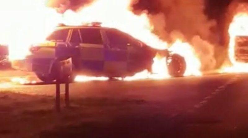 ロンドンでパトカーがいきなり炎上 BMW5シリーズの警察車両を一斉に検査