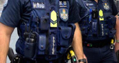 何事かと現場に急行した警察官であったが…(画像はイメージです)