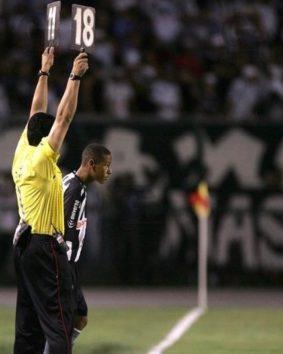 10年前、デビューしたてのネイマール選手