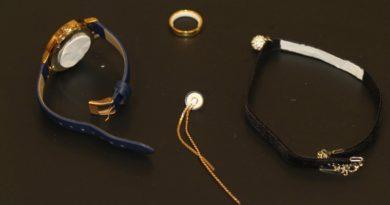 画像:『dezeen』Contraceptive jewellery offers alternative method of birth control