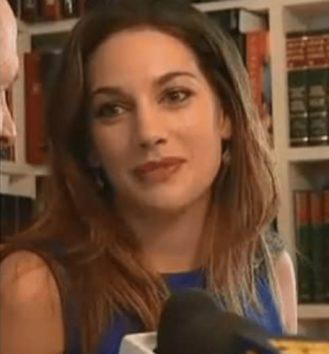 「解雇は差別にほかならない!」と美人教師。(Picture: ABC News)