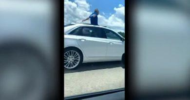 画像:『FOX NEWS』Florida man says he would rather 'go to jail' than to his wife as he gets caught driving on sunroof