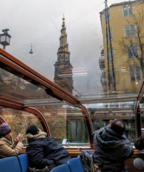 らせん型の尖塔が極めて珍しい救世主教会(Photo by 朝比奈)