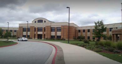 画像:『Yahoo!Lifestyle』Teacher offered to boost student grades if parents provided school supplies(Photo:Google Map)
