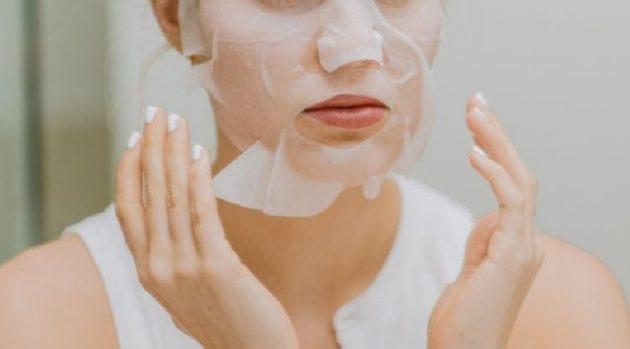 このマスク、もしも精液が成分だとしたら…!?(画像はイメージです)