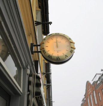 時計がオメガでした(Photo by 朝比奈)