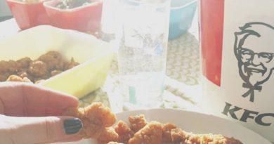 KFCでタダで食事!