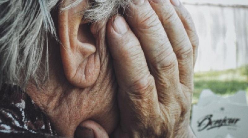 老人ホームで惨劇 102歳の老婆が92歳女性の首を絞め頭部強打で殺害か 仏