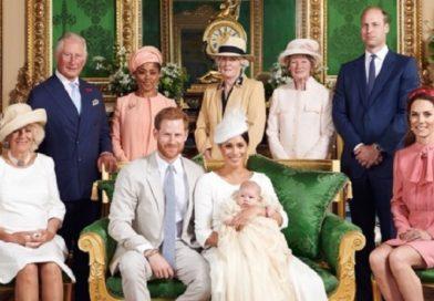 ヘンリー王子夫妻の子が洗礼式 メーガン妃の父は招かれずムッ!