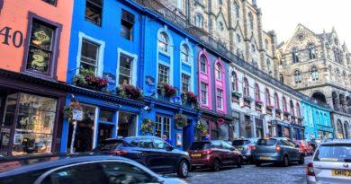 ビクトリア・ストリートはひと際目を引く美しさ(Photo by 朝比奈)