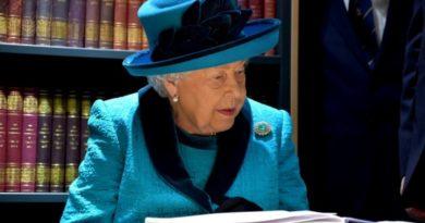 また出た エリザベス女王死亡説! <英国>