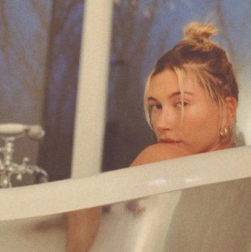 ヒマだから妻の入浴姿をつい…?(画像はInstagramのスクリーンショット)