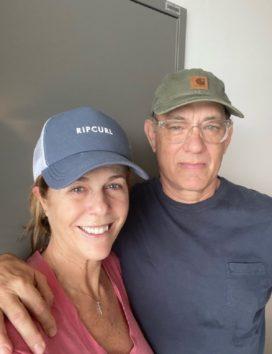トム・ハンクスと妻は新型コロナを克服(画像はInstagramのスクリーンショット)