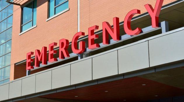【救急車が到着する前に無念の死(画像はイメージです)】
