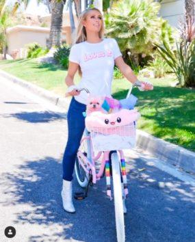 ピンクが大好きな39歳!